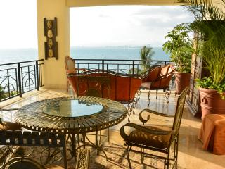 Oceanfront Puerto Vallarta Oldtown Modern Luxury