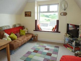 GLENWOOD, second floor apartment,close to beach,parking space, in Woolacombe, Ref 925644