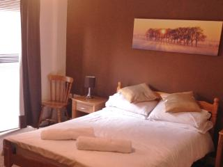 2 bedroom Liverpool city centre holiday apartment