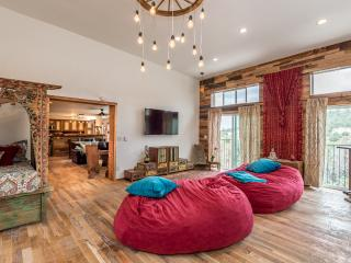 Sky Lodge - Mountain Oasis Close to Ski Santa Fe,