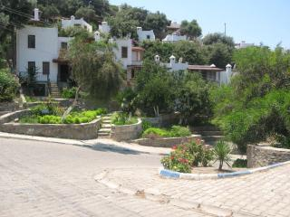 TARNOS | 2 Bed House in Gümüslük, Bodrum City