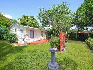 1bed 1Bath Cottages Available Now For Summer Fun., Longboat Key