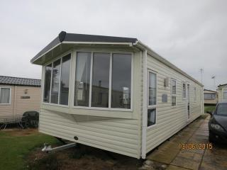 Haven Hopton fairways 80005 beautiful caravan., Hopton on Sea