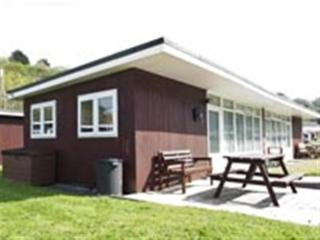 Summercliffe Holiday Chalet, Bishopston