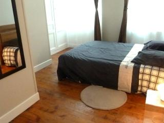 Nice flat for 2 in the city center: Apple, Honfleur