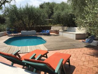 Private villa with pool, hottub and seaview, Piedimonte Etneo