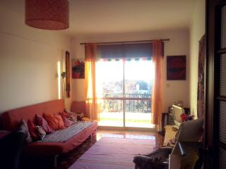 Holistic Healing Hostel, Carcavelos