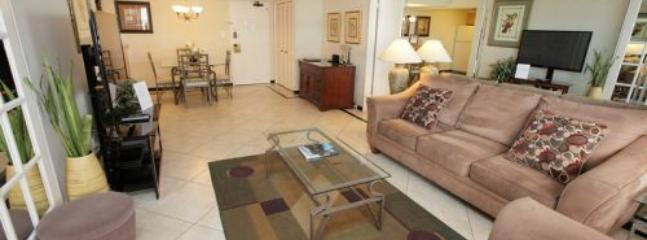 Gorgeous Luxurious 2 Bedroom in OceanFront Resort on Miami Beach!