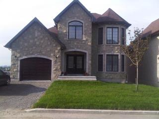 Luxurious Single Family Home in Gatineau