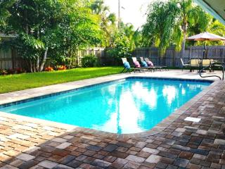 Perfectly Located Home in FORT LAUDERDALE!!, Fort Lauderdale