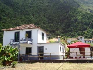 Cottage on the north Madeira, Sao Vicente
