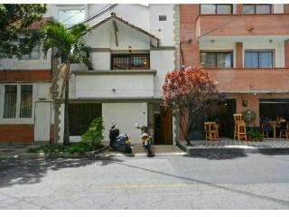 Beautiful house to share in Envigado (Medellin)