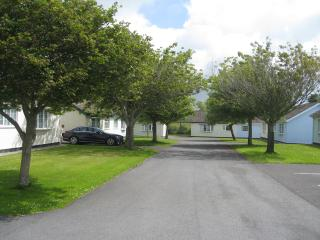 31 Gower Holiday Village, family friendly park, Scurlage