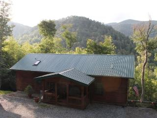 Beautiful 4/3 Views!Horse riding, Hiking, Private, Mars Hill