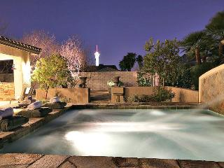 Wow Great Location! 1.5 Miles from the Las Strip, Las Vegas