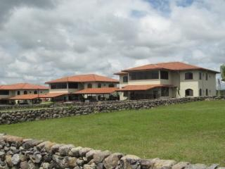 Gated Community Condo in a Breathtaking Setting., Boquete