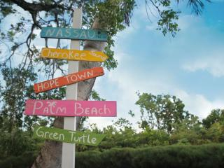 Four Winds Cottages - Green Parrot, Treasure Cay
