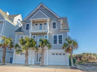 6BR Beachfront Home w/ Hottub wk of 8/29 $2795, North Topsail Beach