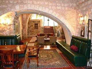 The Manor, Safed