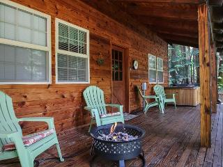 Chipmunk Lodge in Lake Wenatchee, Adorable Getaway~, Leavenworth