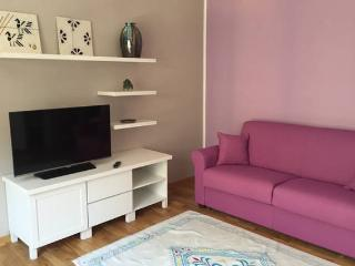 your sweet Violet luxury apartment, Cagliari