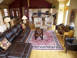 Lakeview 7 Bed sleeps 18 ~ RA59014, Silverthorne