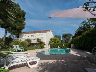 Great top of villa with pool, Antibes