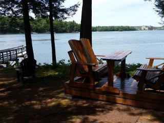 Maine Island Summer Oceanfront Vacation Home, Wiscasset