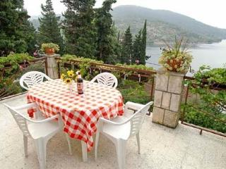 Sea view apartment with terrase VL, Vela Luka