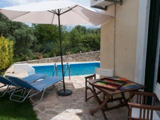 Ideal place in Crete -private pool, Kournas