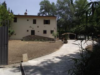 'Vallina4' beautifull countryhouse with round pool, Bagno a Ripoli