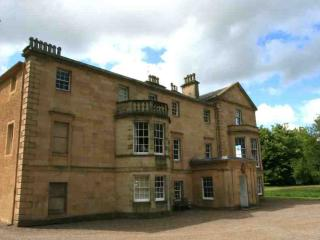 141-Large Country Mansion, Aberargie