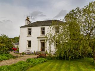 Staffed Georgian house, perfect for parties, Blairgowrie