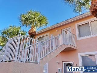 Peaceful Naples condo with lake view and easy access to Marco Island