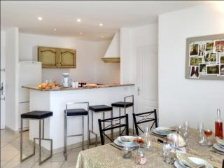 Chic flat with WiFi near Montpellier, Le Cres