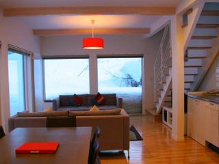 Hirafu House - Shibumi - 2 Bedroom, Niseko-cho