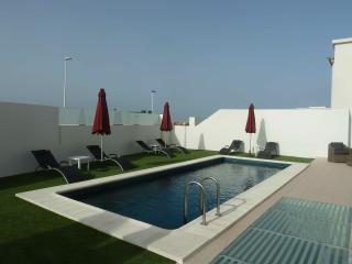 New Villa in Playa de Fanabe with private pool