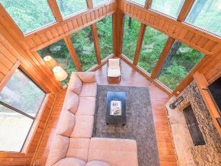 Lake Pettit Lodge Luxury Rental Home in Big Canoe Resort, Jasper
