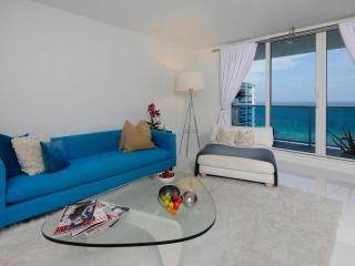 Beachfront 2 Bedroom Apartment in South Beach, Miami