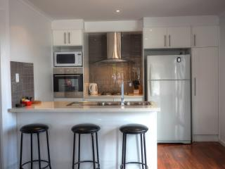 Home on Torrens 9 (3 bdrm), Kingscote