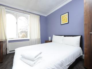 Budget 2Bed Prop Nr City/Heaton Prk, Manchester