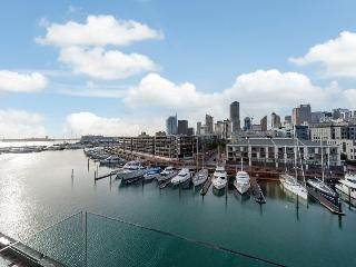 3 Bedroom Penthouse overlooking Viaduct Harbour Auckland NZ