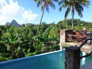 Magical Property with stunning views, Soufrière