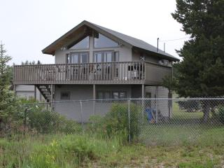 Lake Granby, great lake and mtn views bonus room, Grand Lake
