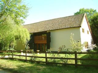 Rectory Barn, Wreningham