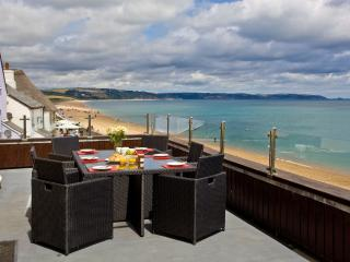 8 At The Beach located in Torcross, Devon