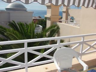 2 bedrooms, first line, Playa de Fanabe