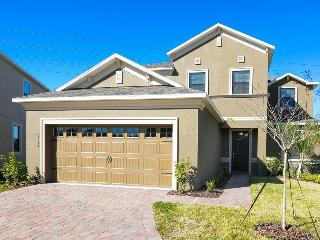 Luxury 5-bed Pool Home, Game Rm, WiFi- Frm $145nt!, Orlando