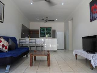 One bedroom unit, Trinity Beach