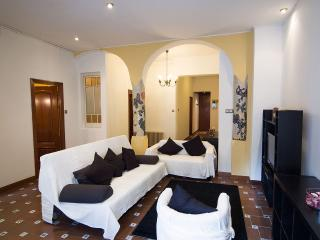 Central, 3 bedrooms with Terrace, Barcelona